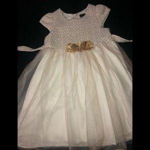 😍 Adorable Dress 😍